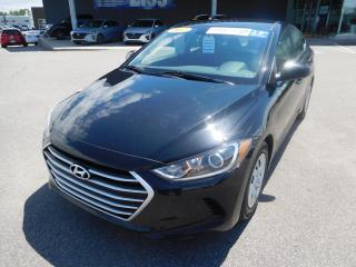 Used 2017 Hyundai Elantra 4dr Sdn Auto LE,A/C,BLUETOOTH for sale in Mirabel, QC