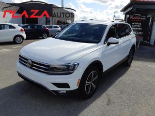 Used 2018 Volkswagen Tiguan Highline 4MOTION, NAVY, for sale in Beauport, QC