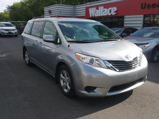 Used 2013 Toyota Sienna LE FWD 8-Passenger V6 for sale in Ottawa, ON