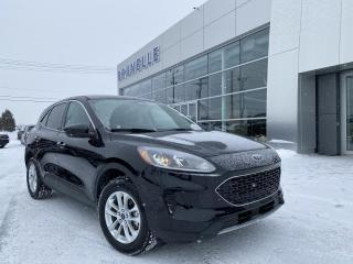 Used 2020 Ford Escape SE AWD for sale in St-Eustache, QC
