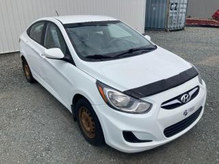 Used 2012 Hyundai Accent **GL**MANUELLE** PRIX DE VENTE SOUS LA TENTE APPELLEZ-NOUS !!! for sale in Val-d'Or, QC