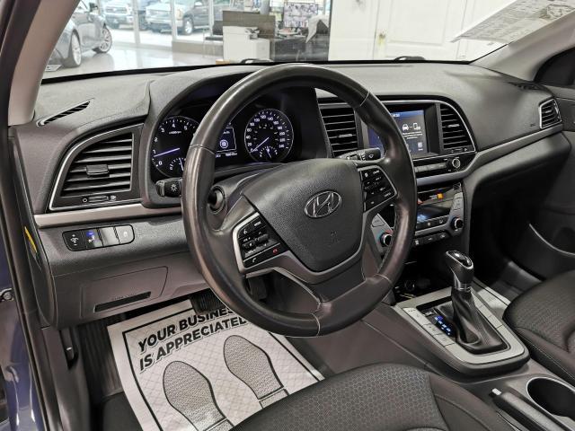 2017 Hyundai Elantra GLS Photo9