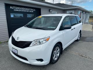 Used 2015 Toyota Sienna L 7 Pass for sale in Kingston, ON