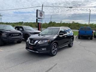 Used 2020 Nissan Rogue SV Tech AWD W/Dual-Pane Panoramic Roof!! for sale in Sudbury, ON