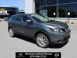 Used 2017 Nissan Qashqai S for sale in Gatineau, QC