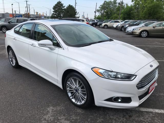 2016 Ford Fusion SE ** TURBO, NAV, BACK CAM, SUNROOF **