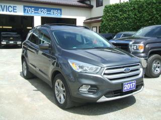 Used 2017 Ford Escape SE, FWD, Nav. for sale in Beaverton, ON