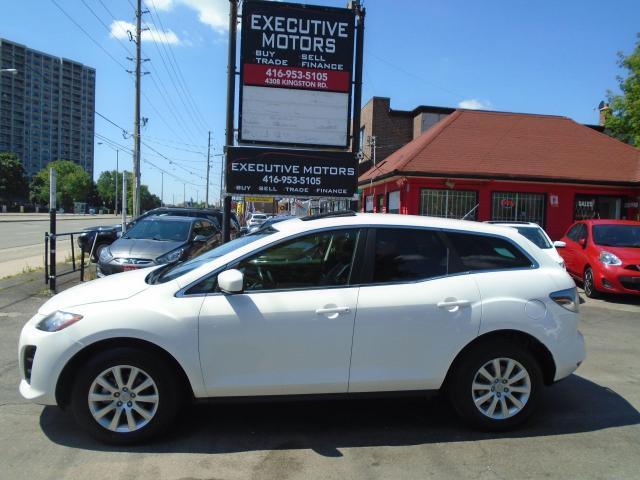 2011 Mazda CX-7 GX/ LEATHER / ROOF / NEW BRAKES / CERTIFIED /CLEAN