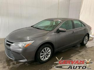 Used 2015 Toyota Camry LE Camera A/C Bluetooth for sale in Trois-Rivières, QC