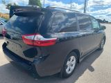 2018 Toyota Sienna LE POWER DOOR & 8 PASSENGERS