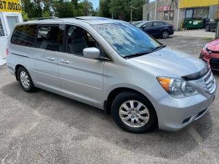 Used 2010 Honda Odyssey EX-L/ 8 SEATER/ LEATHER/ SUNROOF/ ALLOYS/ PWR DRS! for sale in Scarborough, ON