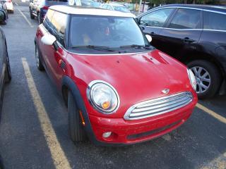 Used 2009 MINI 3 Door Coupé 2 portes Classic for sale in Montréal, QC