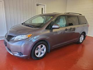 Used 2017 Toyota Sienna CE for sale in Pembroke, ON