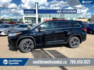 Used 2019 Toyota Highlander LE/AWD/8 PASS/BACK UP CAM/LANE ASSIST for sale in Edmonton, AB