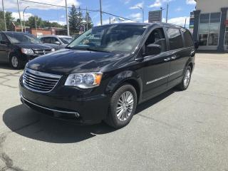 Used 2016 Chrysler Town & Country TOURING L CUIR for sale in Sherbrooke, QC