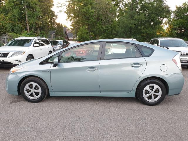 2013 Toyota Prius HB Photo5
