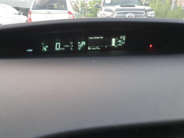 2013 Toyota Prius HB Photo20
