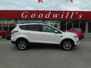 Used 2017 Ford Escape SE! HEATED LEATHER SEATS! NAV! CAM! B/TOOTH! for sale in Aylmer, ON