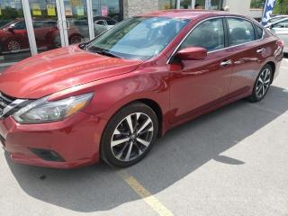 Used 2016 Nissan Altima 2.5 SR for sale in Trenton, ON