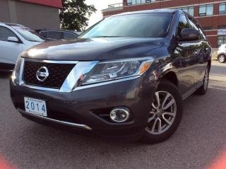 Used 2014 Nissan Pathfinder S for sale in Toronto, ON
