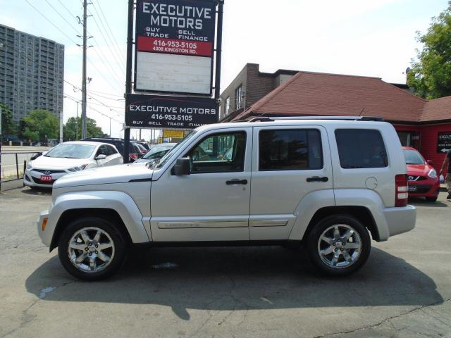 2008 Jeep Liberty LIMITED / 4X4/ LEATHER / ROOF / MINT / A/C / SHARP