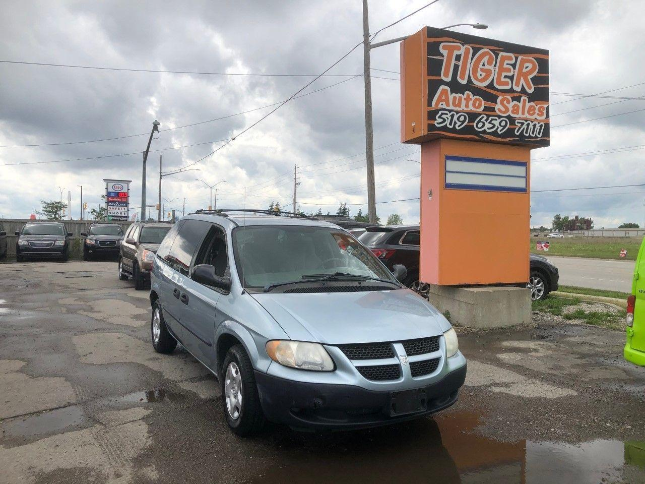 used 2003 dodge caravan se very clean only 155kms as is special for sale in london, ontario carpages.ca