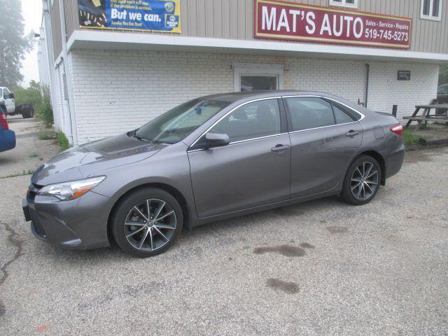 2017 Toyota Camry XSE ONLY 36700KM