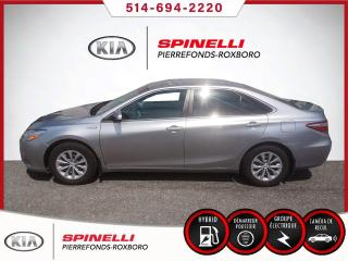 Used 2015 Toyota Camry HYBRID LE HYBRID LE HYBRID for sale in Montréal, QC