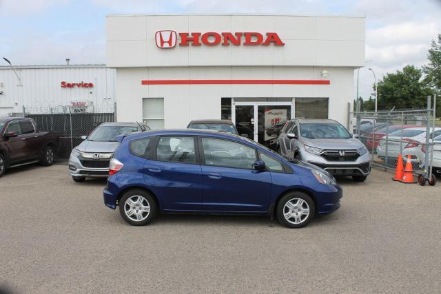 2013 Honda Fit LX LOW KM 5 SPEED MANUAL