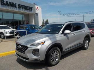 Used 2019 Hyundai Santa Fe Loaded! Must see, equipped with all wheel drive for sale in Gloucester, ON