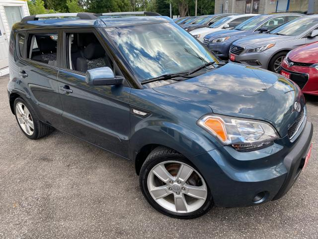 2011 Kia Soul 2U/ 5 SPEED/ BLUETOOTH/ ALLOYS/ TINTED & MORE!