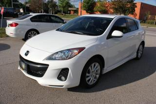 Used 2012 Mazda MAZDA3 LEATHER,SUNROOF,Sport GS-SKY for sale in Newmarket, ON