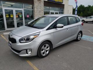 Used 2014 Kia Rondo SE 5-Seater Bluetooth Heated Seats and Steering for sale in Trenton, ON