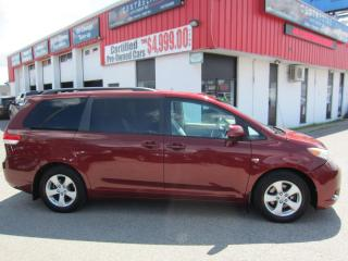 Used 2012 Toyota Sienna LE $12,995+HST+LIC FEE / CLEAN CARFAX / CERTIFIED / 8 PASSENGER for sale in North York, ON