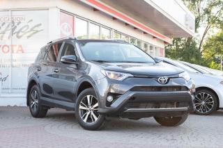 Used 2016 Toyota RAV4 ***RÉSERVÉ***XLE AWD MAGS, TOIT, COFFRE ÉLECTRIQUE for sale in Pointe-Claire, QC