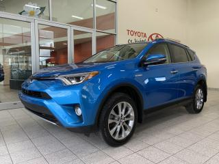 Used 2018 Toyota RAV4 * AWD * HYBRIDE * CUIR * TOIT * GPS * CAMÉRA for sale in Mirabel, QC