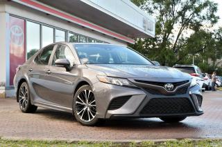 Used 2018 Toyota Camry SE UPGRADE CLÉ INTÉLLIGENT, TOIT, MAGS for sale in Pointe-Claire, QC