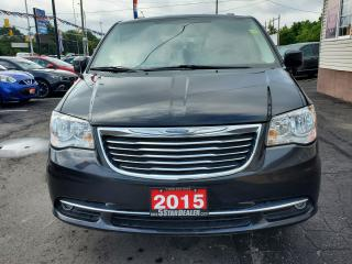 Used 2015 Chrysler Town & Country for sale in London, ON