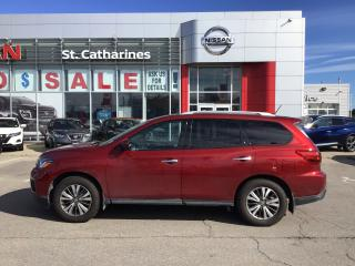 Used 2018 Nissan Pathfinder SL for sale in St. Catharines, ON