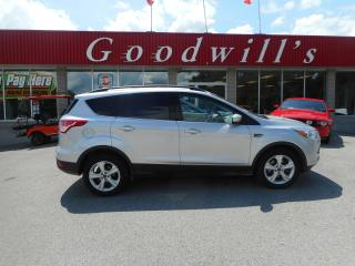 Used 2015 Ford Escape SE! HEATED LEATHER! CAM! B/TOOTH! SUNROOF! for sale in Aylmer, ON