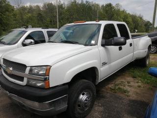 Used 2004 Chevrolet Silverado 3500 LS for sale in Mallorytown, ON