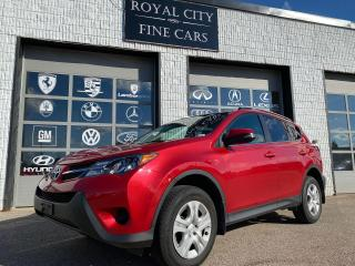 Used 2015 Toyota RAV4 LE 4WD Certified Heated Seats Reverse Camera for sale in Guelph, ON