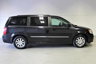 Used 2013 Chrysler Town & Country Touring Wagon for sale in London, ON