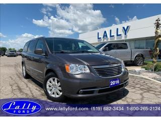 Used 2016 Chrysler Town & Country Touring, Only 74,364 kms, Local trade!! for sale in Tilbury, ON