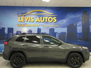 Used 2016 Jeep Cherokee ALTITUDE BLACK EDITION 4X4 TOUT EQUIPE for sale in Lévis, QC