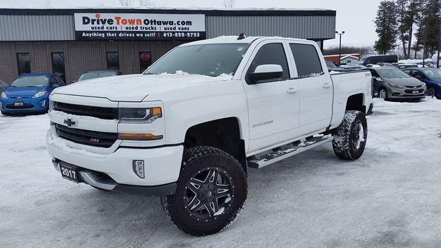 2017 Chevrolet Silverado 1500 CREW CAB 4X4 LIFT KIT-20 INCH TIRES-Z71 PACKAGE-MBRP EXHAUST