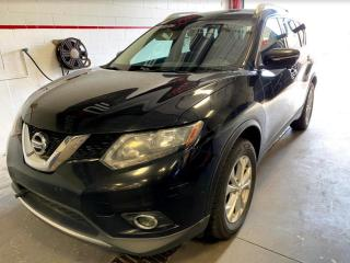 Used 2014 Nissan Rogue SV TECH PACK AWD TOIT PANO MAGS NAV for sale in Île-Perrot, QC
