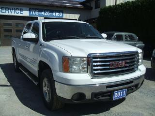 Used 2011 GMC Sierra 1500 All Terrain / Z71, SLT, Crew Cab, 4x4 for sale in Beaverton, ON