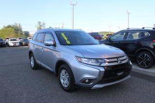 Used 2017 Mitsubishi Outlander SE AWC CAMÉRA*MAIN LIBRES*SIÈGES CHAUFFA for sale in Lévis, QC