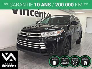 Used 2017 Toyota Highlander LE 4x4 8 PASSAGERS ** GARANTIE 10 ANS ** Roulez en famille en tout confort! for sale in Shawinigan, QC